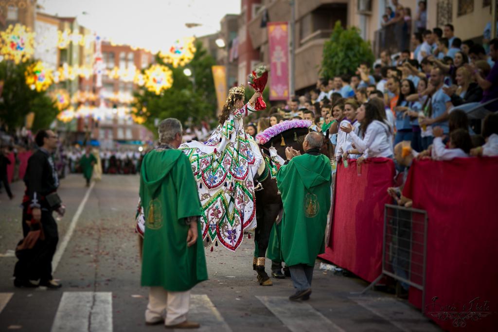 Fotografos murcia, fotografos de boda, caravaca de la cruz, caballos del vino, moros y cristianos, garciasphoto, paco garcia fotografia-48